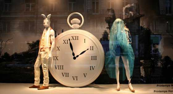 Alice-in-Wonderland-Window-Display-1