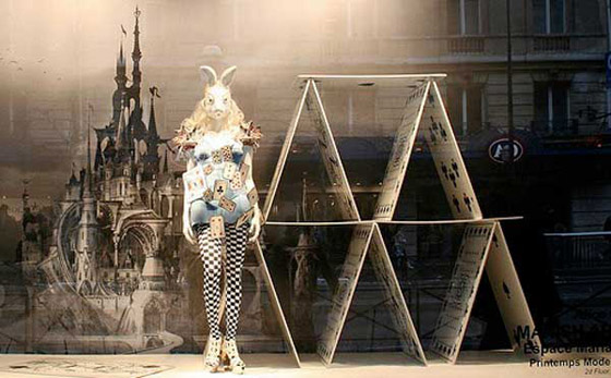 alice-in-wonderland-window-display-1-1