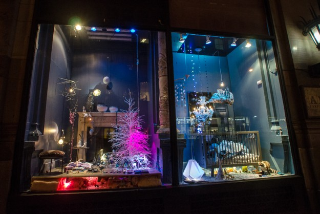 ABC-Carpet-and-Home_nyc_holiday_window_39-625x418