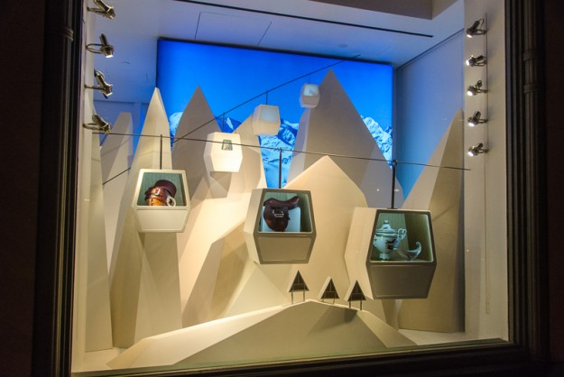 Hermes_nyc_holiday_window_11-625x418